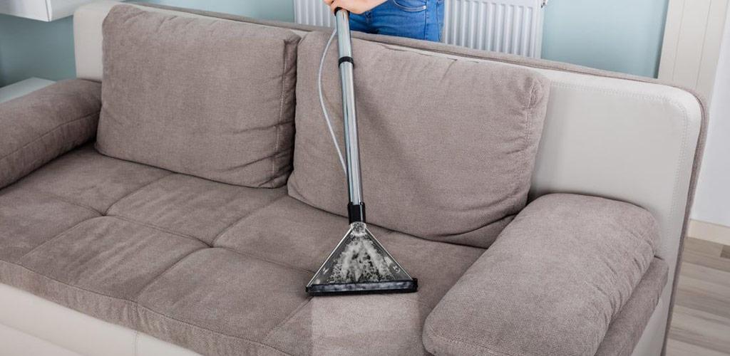 Химчистка диванов на дому: кожаных и тканевых без риска повреждений.