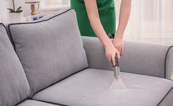 Как удалить пятна на мебели и диване?